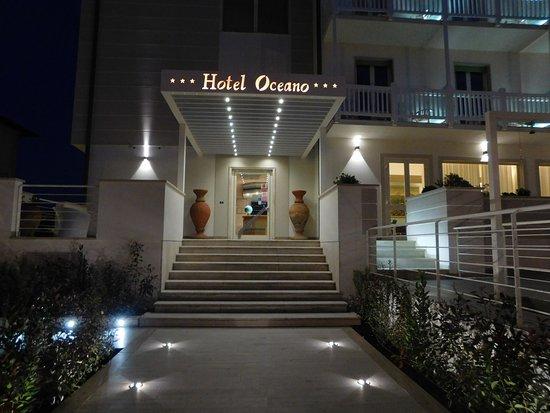 Entrata Hotel Oceano Marina di Pietrasanta