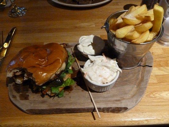 The Laird and Dog: Cajun burger