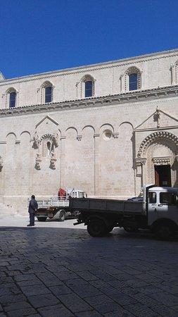 piazza della Cattedrale (i lavori continuano...)