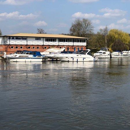 Cookham, UK: photo5.jpg