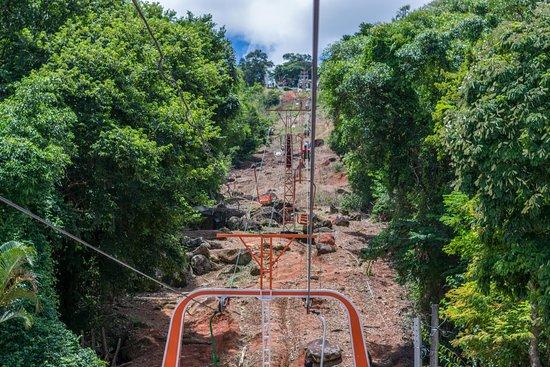 Teleférico Serra Negra: Chegando ao alto