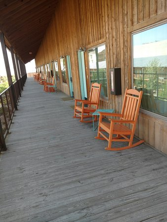 Lone Star Court, by Valencia Hotel Group: Western Porch Style Rooms