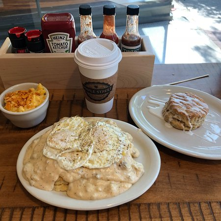 Foto de Maple Street Biscuit Company- Savannah