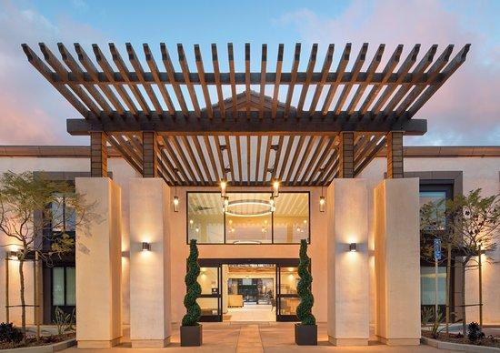 The Cove Hotel  An Ascend Hotel Collection Member  135    U03361 U03368 U03360 U0336