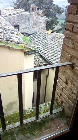 Montegufoni, İtalya: vista da finestra