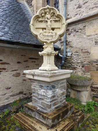 Eglise Saint Fleuret: entree