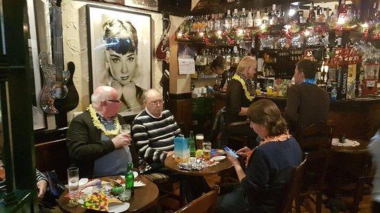 Ana's Bar