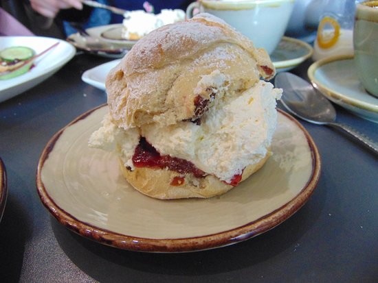 Longframlington, UK: Fruit Scone