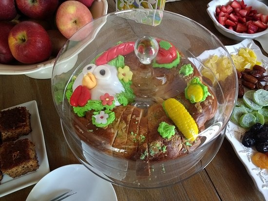Cotommatae Hydra 1810: special Easter bread