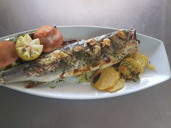 Pechon, Spanien: Restaurante Las Arenas
