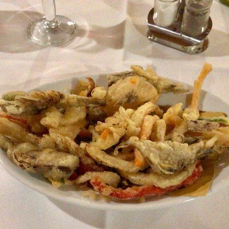 Borgo San Lorenzo, Ιταλία: Tagliata ai funghi e verdure miste fritte