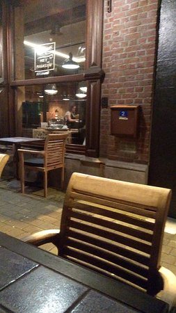 Bilzen, Belgium: TA_IMG_20180414_232317_large.jpg