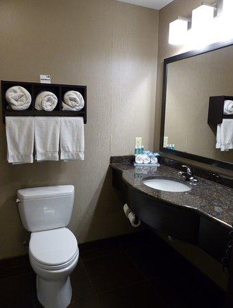 Bath vanity -- Holiday Inn Express, Butte, MT