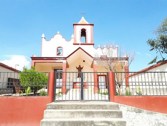 Teuchitlan, المكسيك: capilla en teuchitlan