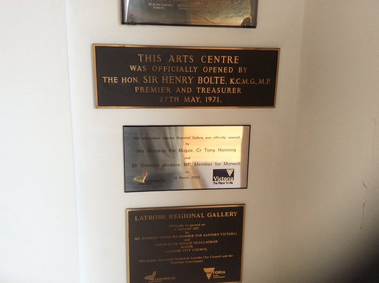 Latrobe Regional Gallery: No photos allowed of the art, but worth reading the plaques, Learn the history of the place