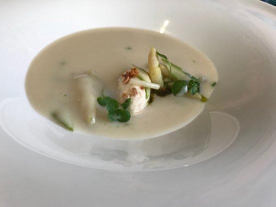 Paris, Wirginia: White asparagus soup
