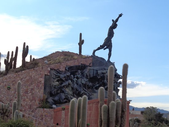 Quebrada de Humahuaca: Humahuaca: Monumento a la Independencia