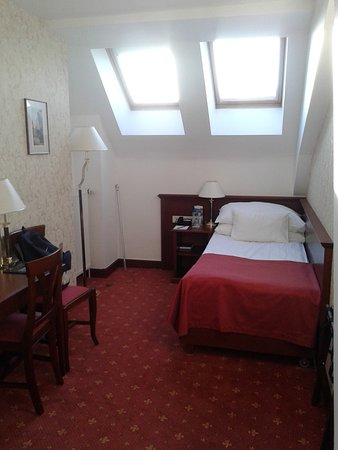 Rott Hotel: habitación 419