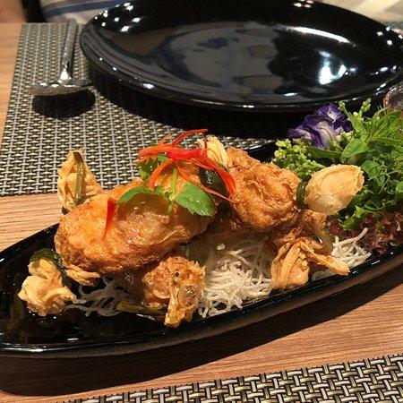 Osha Thai Restaurant & Bar: Deep fried shrimp