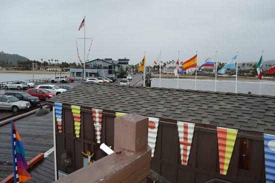 Stearns Wharf: お土産屋さんの2階から