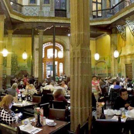 Sanborns de los azulejos ciudad de m xico centro for Restaurante azulejos
