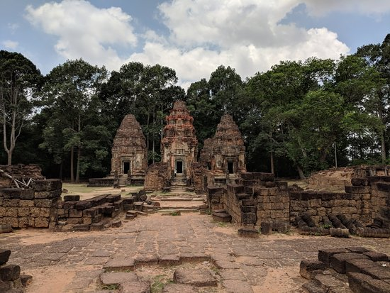 David Angkor Guide - Private Tours: preah ko