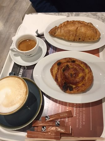 Worcestershire, UK: Pasties, pastries & coffees