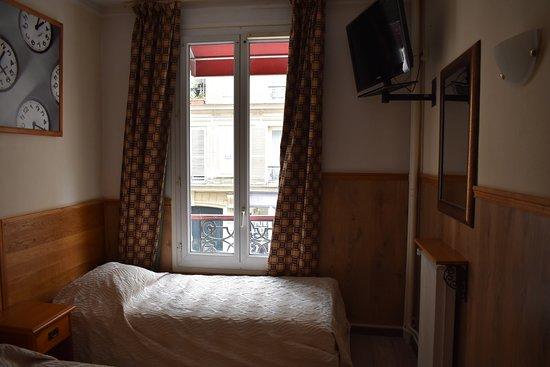 fiat hotel parigi le de france prezzi 2018 e recensioni. Black Bedroom Furniture Sets. Home Design Ideas