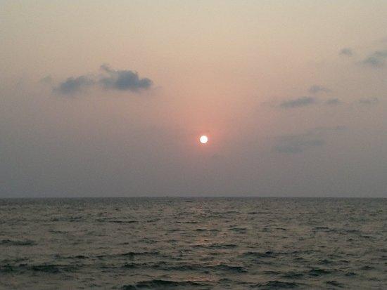 Cherai Beach : IMG_20180406_181232_large.jpg