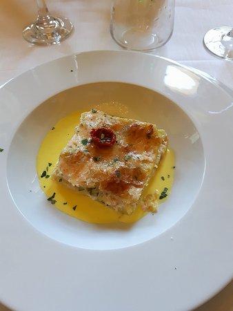 Lasagnette al salmone, zucchine e zafferano