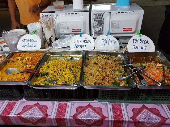 Ko Lanta, Thailandia: Buffet Dinner for 50 Baht