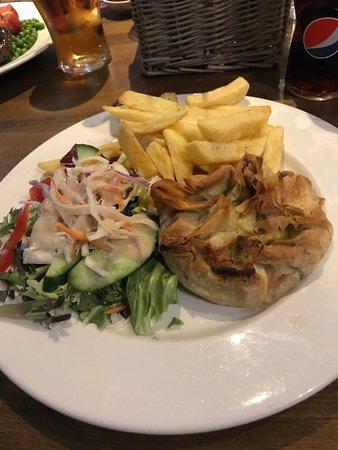 Polegate, UK: Chicken with mozzerella cheese & pesto in filo pastry