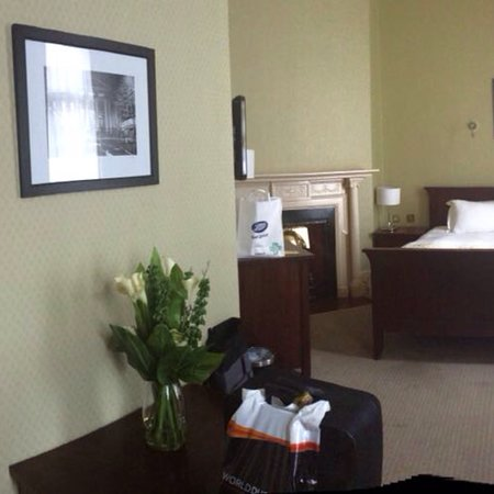 Buswells Hotel: Room 100