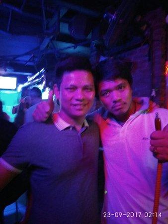 Nguyen Khang Hotel: IMG_20170923_021418_large.jpg