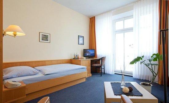 Hotel villa subklew ab 80 1 3 1 bewertungen fotos for Villa sellin rugen