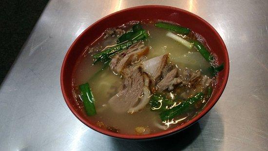 美味しい鴨肉麺