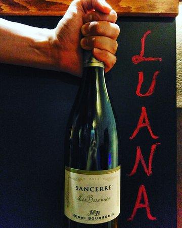 Luana Wine Bar