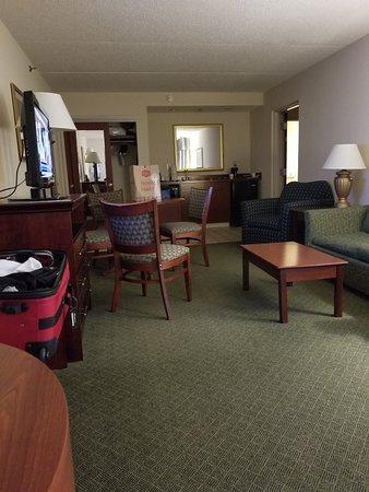 Hampton Inn & Suites Springfield - Southwest: 20180413_074207_large.jpg