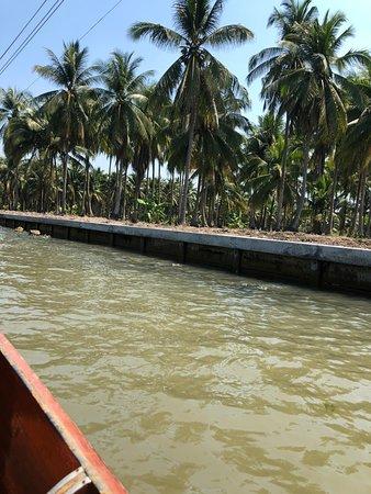 Damnoen Saduak Floating Market: plavba