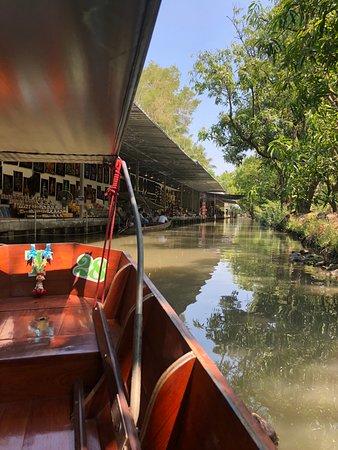Damnoen Saduak Floating Market: a mozte zacat nakupovat