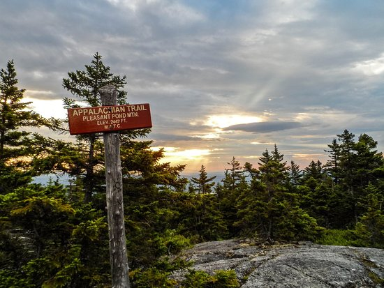 West Forks, ME: Many hikes a short distance from our lodge !