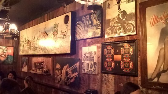 Dinosaur Bar-B-Que: Wall Of Pictures