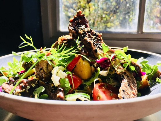 Scarborough, South Africa: Seared Springbok Salad with Avo & Pomegranate