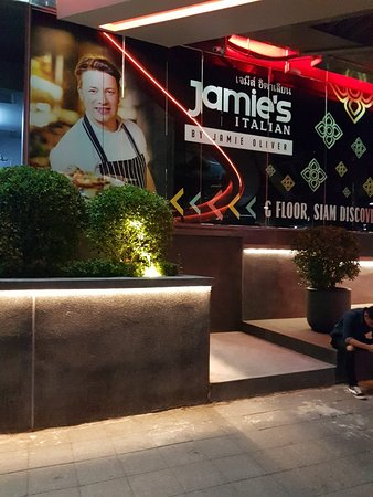 Jamie Oliver Kitchen Photo