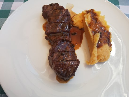 Shoresh, Israel: Rib eye steak