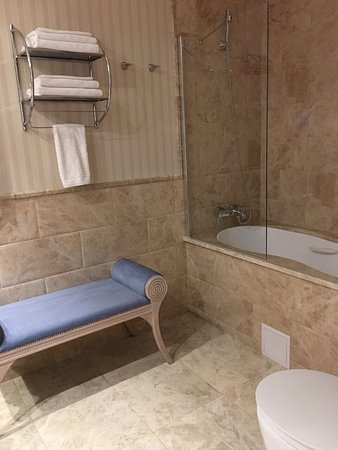 Swiss Hotel Photo