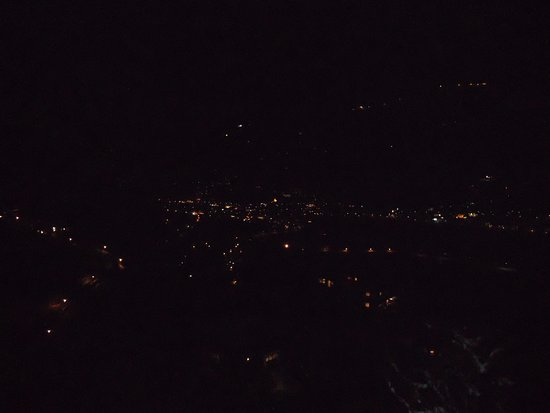 Schwendau, Austria: вид на ночнойгород