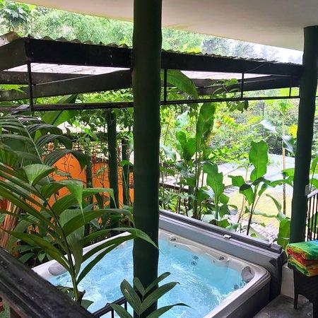 Cerro Azul, Panamá: Un hotel para disfrutarlo en pareja, claro que se puede ir con amigos.. pero es muy romántico y
