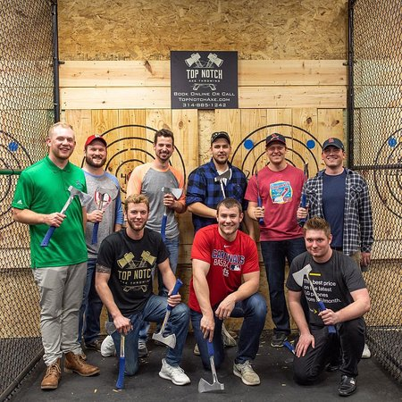 ‪Top Notch Axe Throwing St. Louis‬