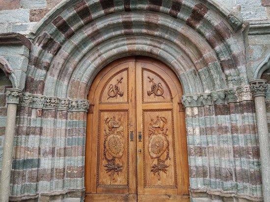 Sacra di San Michele: 20180415_145321_large.jpg